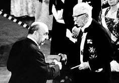 """Voces de Suecia: """"Queremos que el testamento de Neruda se cumpla»"""