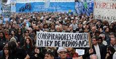 Argentina: los comunicadores sirvientes del poder y otras especies.