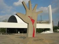 br Mano de Niemeyer