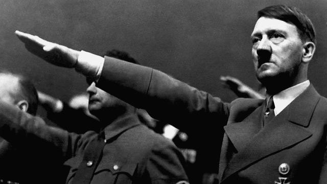 Negros vs judíos: Primera legislatura Hitler