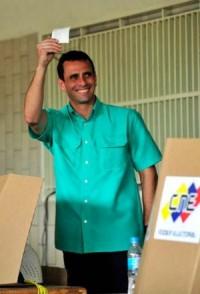ven capriles votando