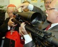 Banco del Vaticano, sindicado de financiar venta de armas en todo el mundo
