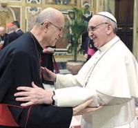 vaticano bertone y papa