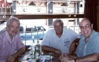 El autor con José Andrés Rivas y James Pellicer (Témperley, 2002