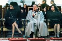 ch pinochet en funeral de franco con imelda marcos