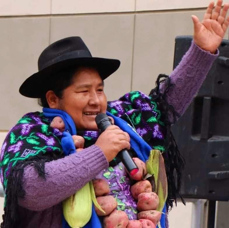 Segundina Flores, designada embajadora, recibe ataque machista en Bolivia – CLAE