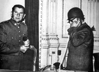 Chile.  – NI LA MUERTE SACÓ A LUZ EL MISTERIO DEL FOTÓGRAFO DE LA MONEDA