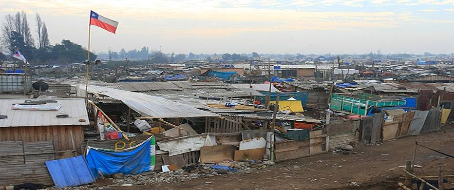 Aumenta la pobreza en Chile: Vivir en un campamento | SurySur