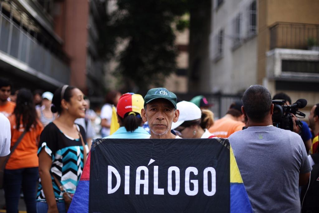 Venezuela retoma el diálogo con la oposición radical? | SurySur